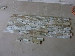 steinwand wohnzimmer fliesen moderne möbel und dekoration ideen kühles steinwand wohnzimmer
