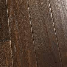 a wide plank that has beautiful coloration armstrong