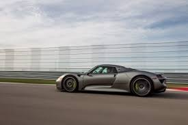 porsche 918 spyder hybrid mpg porsche 918 spyder in hybrid supercars recalled for fan wiring