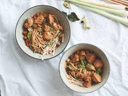 soup kitchen meal ideas hühner nudel suppe thailändischer art recipe noodle soups