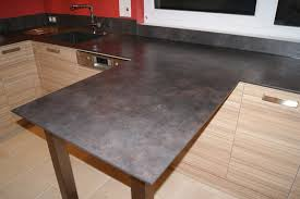 table de cuisine en stratifié nos plans de travail pour cuisines intégrées et équipées sur