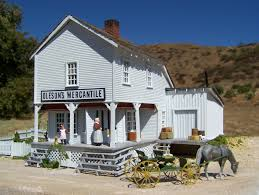mike cozart design and model walnut grove house model from