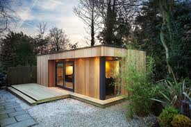 Garden Room Decor Ideas with Wooden Garden Room Green Roof Garden Room Designs Ideas