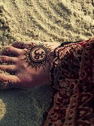 pixiewinksfairywhispers om and hennas