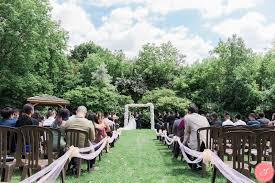 toronto black creek pioneer village wedding photos romantic natural