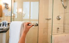 Removing Shower Doors How To Remove Silicone From Glass Shower Door Tips And Tricks On Diy
