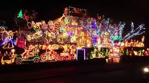 pictures of christmas lights on houses christmas lights house effective robinsuites co