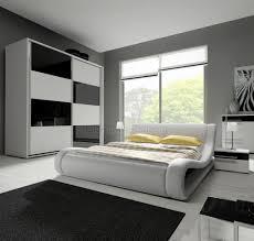 Schlafzimmer Hochglanz Braun Gemütliche Innenarchitektur Schlafzimmer Hochglanz Weiß Welle