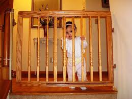Baby Gates For Stairs No Drilling Best Child Gates For Stairs Ideas