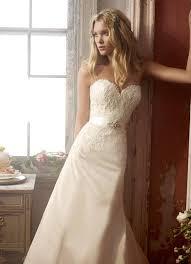 wedding dresses 2009 elsa hosk modeling for alvina valenta wedding gowns