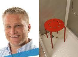 scopate nella doccia testicolo incastrato nella sedia coi buchi la risposta di ikea su fb