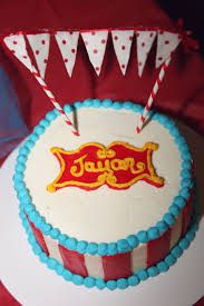 vintage circus birthday party by abbie pari smash cake by cakes