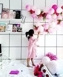 balloons for him diy balloon flower garland inspiration