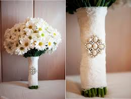 Cheap Wedding Bouquets 15 Breathtaking Affordable Wedding Flowers Everafterguide