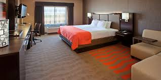 holiday inn express u0026 suites columbus edinburgh hotel by ihg