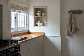 farmhouse kitchens for sussex surrey u0026 the south east middleton