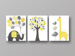 tableaux chambre bébé lot de 3 illustrations pour chambre d enfant et bebe jaune et gris