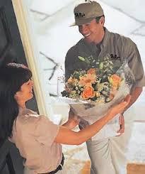 flower delivery services flower delivery services at 1 800 florals america s online florist