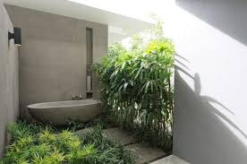 Aria Bathtubs The New Outdoor Bath 10 Open Air Tubs For Summer Soaks Gardenista