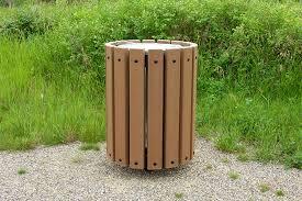 Green Kitchen Trash Can Ideas Wall Mounted Trash Receptacle Trash Receptacles Plastic