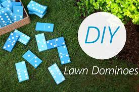 How To Make A Golf Green In Your Backyard by Diy Lawn Dominoes U2014 Iron U0026 Twine
