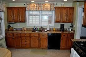 peindre des armoires de cuisine en bois peindre des armoires en bois 3 peinture 20armoires 20avant jpg w
