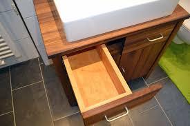 massivholzmöbel badezimmer holz sigi massivholz badezimmermöbel