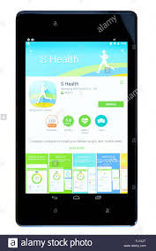 android tracker fitness tracker s health app on an android tablet pc dorset stock
