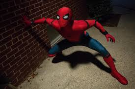 syfy why the spider man homecoming fights were uniquely hard to