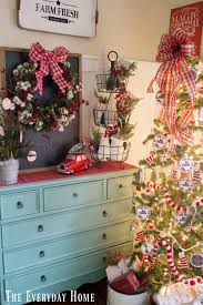 pictures of christmas decorations in homes the everyday home everyday ideas for your home u0026 life