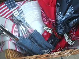 4th Of July Home Decor by 4th Of July Decorations And Picnic Basket The Style Sisters