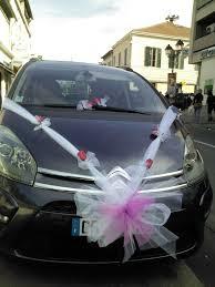 noeud de voiture mariage décoration de voitures pour mariage plan de cuques fleurs
