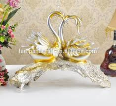 2016 new design animals statues couple swans wedding decoration