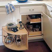 armoire en coin cuisine armoires thomasville