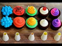 five cupcake frosting styles using a round piping tip 5 top
