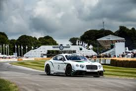 the motoring world goodwood bentley record breaking bentley continental gt speed in action at goodwood
