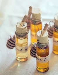 honey favors 20 diy wedding favors your guests will and use diy wedding