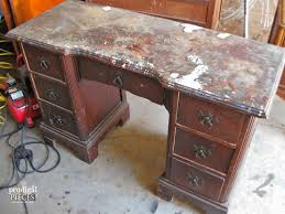 worlds ugliest color world u0027s ugliest desk gets a makeover and is unrecognizeable