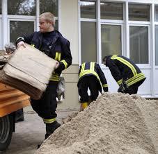 Wetter Bad Liebenwerda Alarmstufe 4 Hochwasserlage In Brandenburg Spitzt Sich Zu Welt