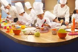 atelier cuisine pour enfants 4 raisons de partir au japon avec ses enfants hoshino resorts