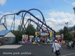 Six Flags Agawam Mass Batman The Dark Knight At Six Flags New England Theme Park Archive
