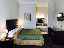 Six Flags Hotel Castaic Inn Six Flags Valencia Ca Booking Com