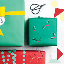 make your own wrapping paper how to make your own diy wrapping paper chatelaine