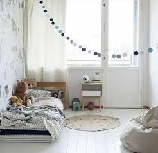 chambre enfant fille 1001 idées pour aménager une chambre montessori