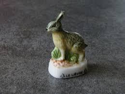 feve cuisine fève de collection en céramique le lièvre cuisine créative par