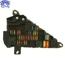 power fuse panel bmw e60 e63 e64 645ci 525i 530i 545i 2004 2005
