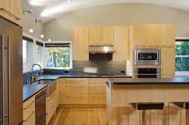 Kitchen Wall Colors With Maple Cabinets Blonde Cabinets With A Warm Paint Black Accessorizing Makes It
