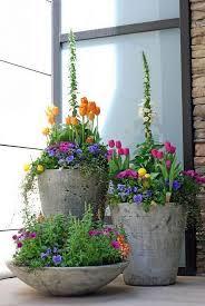 composition florale avec des roses les 25 meilleures idées de la catégorie tulipe sur pinterest