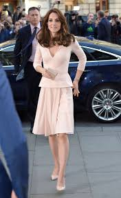 kate middleton style kate middleton just wore her best maternity dress again kate
