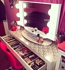 Makeup Vanity With Lighted Mirror Makeup Vanity Table With Lights Foter